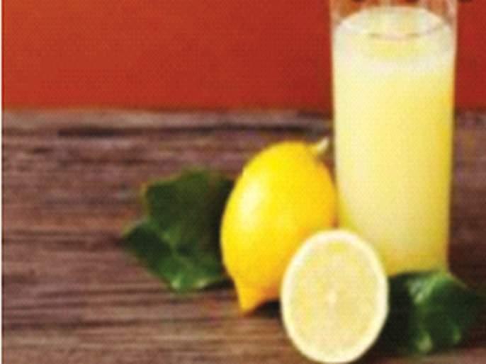 Even better if you eat a lemon during the corona outbreak - Rs 10 per naga! | कोरोना प्रादुर्भावाच्या काळात लिंबाने खाल्ला भलताच भाव - एका नगाला चक्क १० रुपये!