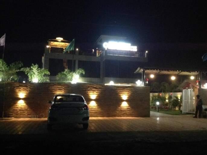 The smugglers' den becomes the Zero Degree Bar in MIDC | तस्करांचा अड्डा बनला एमआयडीसीतील झिरो डिग्री बार