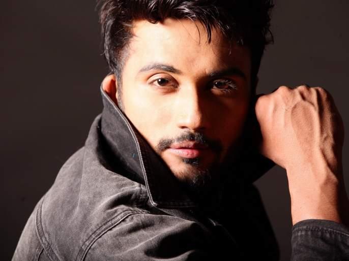 Manmohini star Zuber K Khan does his own stunts | झुबेर खान स्वत:च आपले करतो स्टंट!