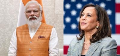 India waiting to welcome you, Modi tells Harris | english.lokmat.com