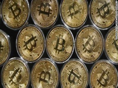 """""""Biržos laikmatis"""": prasidedant savaitei brango nafta, """"Bitcoin"""" šovė į rekordines aukštumas"""