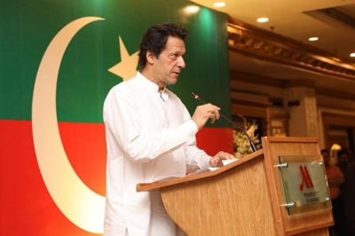 Pakistan's economic situation changing now: Imran   Pakistan's economic situation changing now: Imran