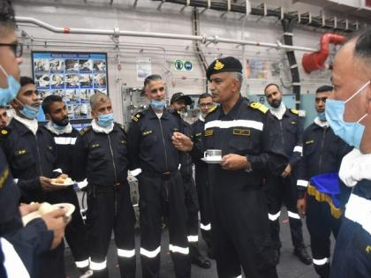 Vice Admiral Hari Kumar visits Maharashtra Naval Area HQ for briefing on operational activities   Vice Admiral Hari Kumar visits Maharashtra Naval Area HQ for briefing on operational activities