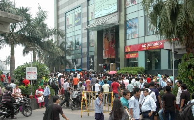 Shopping centres body moves HC for reopening of malls | Shopping centres body moves HC for reopening of malls