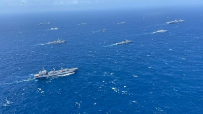 Indian, UK navies hold 2-day maritime drill in Bay of Bengal | Indian, UK navies hold 2-day maritime drill in Bay of Bengal