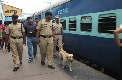Kidnapped Chennai toddler rescued from Nagpur station | Kidnapped Chennai toddler rescued from Nagpur station
