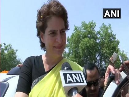 Government has failed us all, people are struggling, gasping for breath in COVID-19 situation: Priyanka   Government has failed us all, people are struggling, gasping for breath in COVID-19 situation: Priyanka