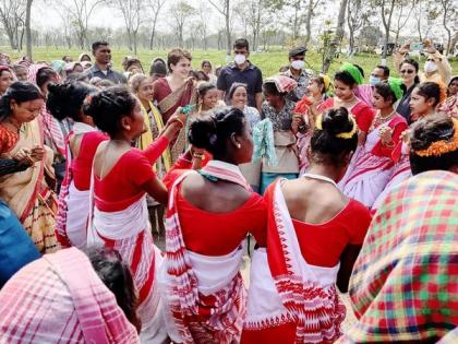 Vote for progress, golden future of Assam: Priyanka Gandhi urges voters | Vote for progress, golden future of Assam: Priyanka Gandhi urges voters