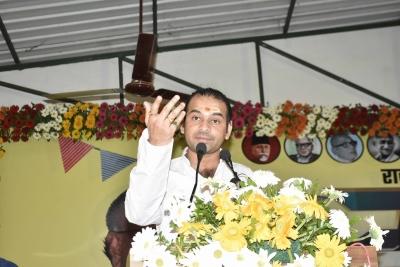 Tej Pratap in Mathura amid discord in RJD, family | Tej Pratap in Mathura amid discord in RJD, family