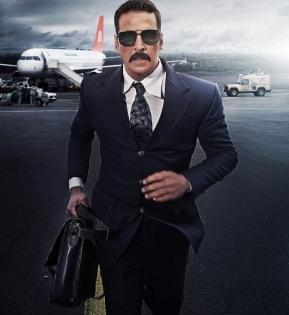 Akshay Kumar, Vaani Kapoor leave for Delhi for 'Bell Bottom' trailer launch   Akshay Kumar, Vaani Kapoor leave for Delhi for 'Bell Bottom' trailer launch