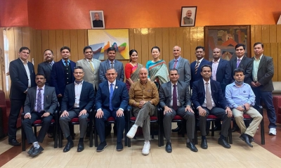 Anupam Kher interacts with police officers, staff in Shimla | Anupam Kher interacts with police officers, staff in Shimla