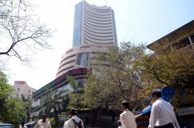 Global cues push equities higher; banking stocks shine | Global cues push equities higher; banking stocks shine
