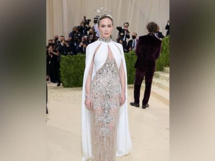 Emily Blunt's Met Gala 2021 look leaves fans nostalgic | Emily Blunt's Met Gala 2021 look leaves fans nostalgic