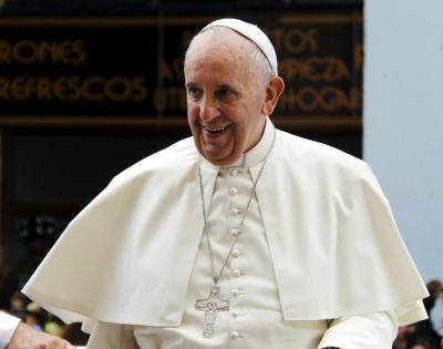 Pope in Rome hospital for colon surgery | Pope in Rome hospital for colon surgery