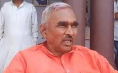 Owaisi is a 'political terrorist': UP BJP MLA | Owaisi is a 'political terrorist': UP BJP MLA