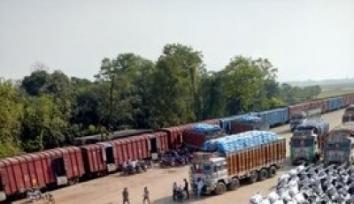 Freight services resume on restored India-B'desh rail link | Freight services resume on restored India-B'desh rail link
