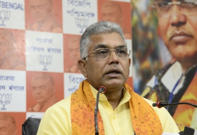 Give importance to own cadre over newcomers: West Bengal BJP | Give importance to own cadre over newcomers: West Bengal BJP