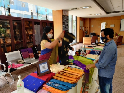 NABARD seeks to take Karnataka's local art to global marts | NABARD seeks to take Karnataka's local art to global marts