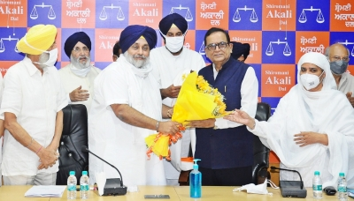 SAD joins hands with BSP for Punjab polls; latter to contest 20 seats | SAD joins hands with BSP for Punjab polls; latter to contest 20 seats