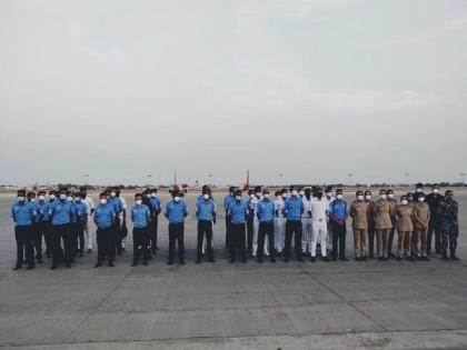 57-member Naval medical team deployed at PM Covid Care Hospital in Ahmedabad | 57-member Naval medical team deployed at PM Covid Care Hospital in Ahmedabad