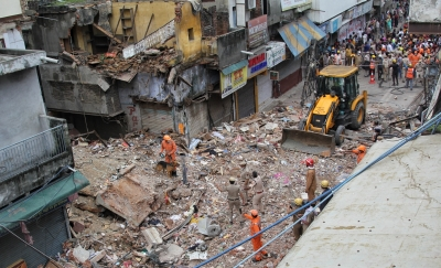 Owner held in Delhi building collapse case | Owner held in Delhi building collapse case