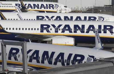 Ryanair urges Irish, UK govts to drop 14-day quarantine measures   Ryanair urges Irish, UK govts to drop 14-day quarantine measures