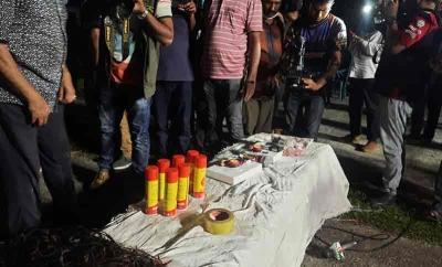 5 Neo-JMB militants arrested in B'desh, IED-making materials seized   5 Neo-JMB militants arrested in B'desh, IED-making materials seized