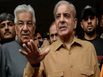 Opposition leader slams Pak PM for statement assuring Kashmiris right to opt for independence   Opposition leader slams Pak PM for statement assuring Kashmiris right to opt for independence