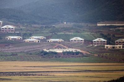 S.Korea monitoring withdrawal of embassies in Pyongyang   S.Korea monitoring withdrawal of embassies in Pyongyang