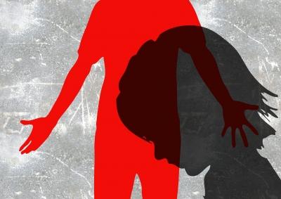 19 men arrested in UK child sex racket case | 19 men arrested in UK child sex racket case