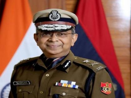 Former IPS officer's book seeks to bridge gap between citizens, police   Former IPS officer's book seeks to bridge gap between citizens, police