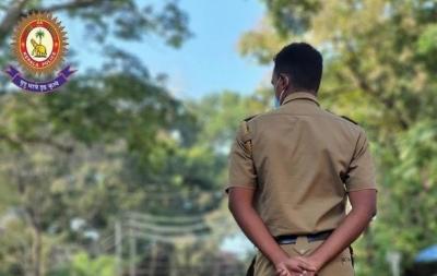 Kerala Police begin probe into authenticity of female 'advocate' | Kerala Police begin probe into authenticity of female 'advocate'