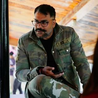 'Samanantar' a philosophical-cum-horror 'anthology' of 4 hard-hitting stories: Niraj Kumar Mishra   'Samanantar' a philosophical-cum-horror 'anthology' of 4 hard-hitting stories: Niraj Kumar Mishra