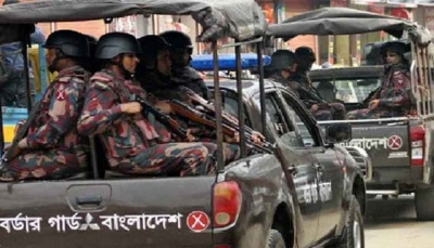 4 dead, 16 detained in communal violence in B'desh | 4 dead, 16 detained in communal violence in B'desh