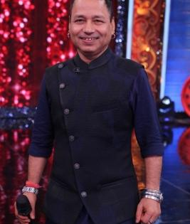 Fulsome praise from Kailash Kher for Sanket Bhosale on 'Zee Comedy Show' | Fulsome praise from Kailash Kher for Sanket Bhosale on 'Zee Comedy Show'