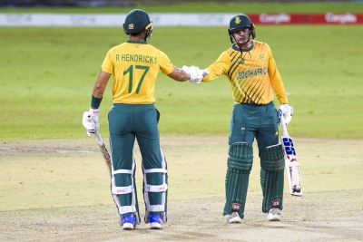 South Africa beat Sri Lanka by 10 wickets, win series 3-0 | South Africa beat Sri Lanka by 10 wickets, win series 3-0
