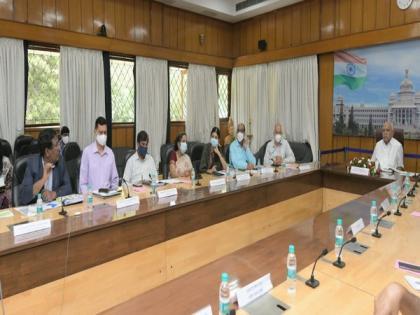 K'taka CM directs officials to fast-track implementation of 96 Central govt schemes | K'taka CM directs officials to fast-track implementation of 96 Central govt schemes