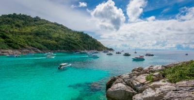 Phuket to lift quarantine measures for vaccinated tourists   Phuket to lift quarantine measures for vaccinated tourists