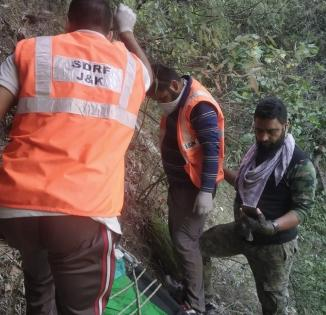 5 BSF troopers injured in J&K road accident   5 BSF troopers injured in J&K road accident