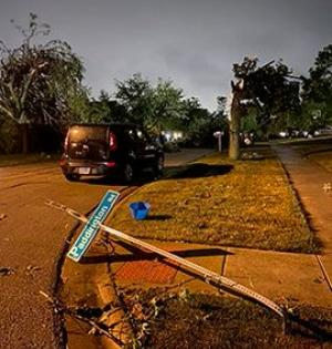 5 people injured after tornado hits Chicago suburbs   5 people injured after tornado hits Chicago suburbs