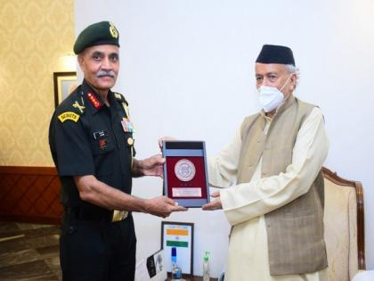Lt Gen JS Nain calls on Maha Governor Koshyari who lauds Army's contribution in flood relief, tackling COVID-19   Lt Gen JS Nain calls on Maha Governor Koshyari who lauds Army's contribution in flood relief, tackling COVID-19