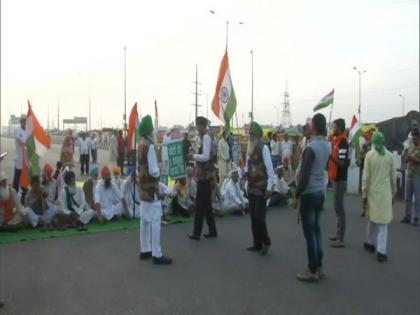 Farmers' protest: Bharat Bandh begins; rail, raod transport likely to be affected | Farmers' protest: Bharat Bandh begins; rail, raod transport likely to be affected