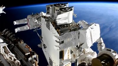 Astronauts finish installing first solar arrays outside ISS | Astronauts finish installing first solar arrays outside ISS
