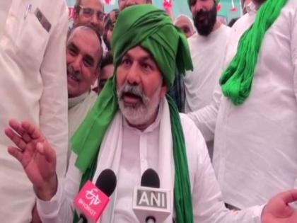 Owaisi is BJP's 'chacha jaan', farmers need to understand their moves: Rakesh Tikait | Owaisi is BJP's 'chacha jaan', farmers need to understand their moves: Rakesh Tikait