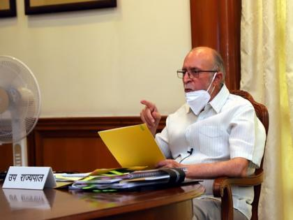 COVID-19: Delhi Lt Governor seeks action plan to address shortage of hospital beds, oxygen | COVID-19: Delhi Lt Governor seeks action plan to address shortage of hospital beds, oxygen