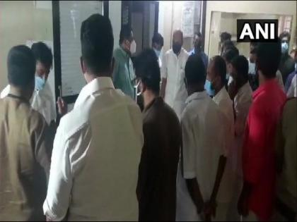 Kerala: Nilambur UDF candidate VV Prakash passes away   Kerala: Nilambur UDF candidate VV Prakash passes away