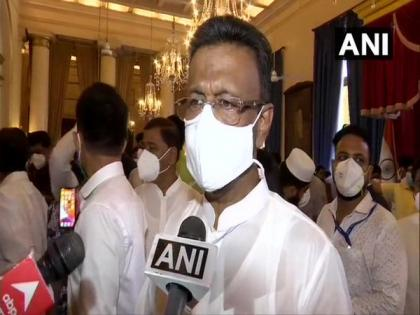 Sure we will get clean chit in Narada scam probe, says Firhad Hakim | Sure we will get clean chit in Narada scam probe, says Firhad Hakim