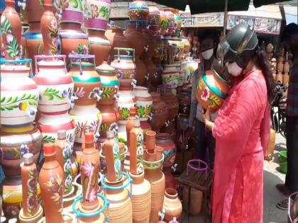 Demand for earthen pots on rise in Punjab's Ludhiana as temperature soars | Demand for earthen pots on rise in Punjab's Ludhiana as temperature soars