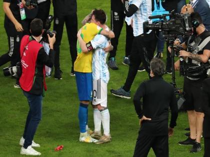 Copa America: Neymar hugs Messi after Argentina win; fans go gaga over sweet gesture | Copa America: Neymar hugs Messi after Argentina win; fans go gaga over sweet gesture