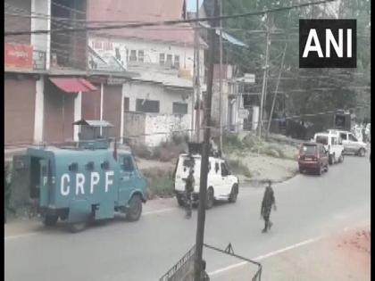 NIA raids in J-K's Anantnag in connection with terror funding case | NIA raids in J-K's Anantnag in connection with terror funding case